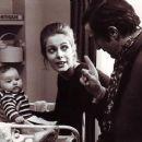 Francois Truffaut and Claude Jade - 454 x 365