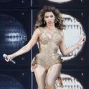Beyoncé Knowles - Performs At The O2 World Arena In Berlin