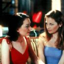 Heather Juergensen and Jennifer Westfeldt in Fox Searchlight's Kissing Jessica Stein - 2002 - 400 x 300