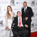 Jennifer Lopez and Alex Rodríguez : 33th Annual Great Sports Legends Dinner - 400 x 600