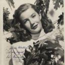 Lois Maxwell - 400 x 496