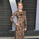 Emily Blunt – 2018 Vanity Fair Oscar Party in Hollywood - 454 x 697