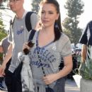 Alyssa Milano – Arrives to World Series game between the Dodgers and Red Sox in LA - 454 x 681