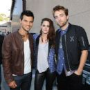 Robert, Kristen, & Taylor Win Big For Twilight at the 2012 Teen Choice Awards