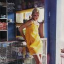 Julie Ordon - On Veut Du Soleil! - Elle Magazine France January 2007