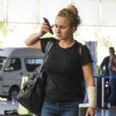 Hayden Panettiere in Jeans at Airport in Barbados - 454 x 609