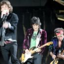 The Rolling Stones perform on stage at Twickenham Stadium on August 20, 2006 in London, England - 454 x 319