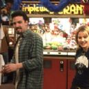 Chasing Amy (1997) - 454 x 299