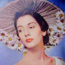 Maggie McNamara - 360 x 480