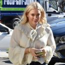 Hilary Duff – Out for lunch at Petit Trois in Studio City