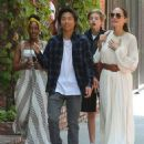 Angelina Jolie goes out to lunch with her kids in Los Angeles (September 02, 2019) - 454 x 584