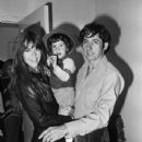 Jane Fonda and Tom Hayden with son Troy - 430 x 645