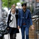 Natalie Portman And Devendra Banhart Holding Hands In NYC, 2008-05-01 - 454 x 643