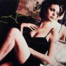 Angelina Jolie - 454 x 340