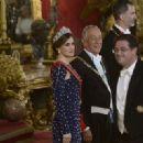 King Felipe and Letizia host a dinner for Portuguese president - 454 x 320