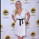 "Alison Sweeney - ""Hot In Hollywood"" Event In Hollywood, 16.08.2008."
