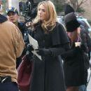 """Blake Lively - On """"Gossip Girl"""" Set In New York City, 18.12.2008."""