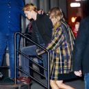 December 8, 2017 - Taylor Swift and Joe Alwyn arriving at her apartment in New York City - 454 x 593