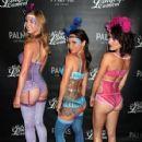 Danielle Harris Midsummer Lingerie Carnival Las Vegas Aug 17 2013 - 427 x 640