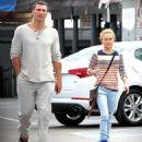 Hayden Panettiere and Wladimir Klitschko - 454 x 511