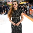 Katherine Langford – 'Once Upon a Time in Hollywood' Premiere in London - 454 x 760