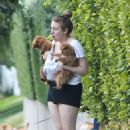 Lena Dunham With Her Dogs in Beverly Hills - 454 x 683