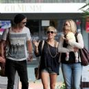 Chris Hemsworth and Elsa Pataky out in Sydney (February 18)