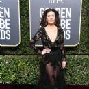 Catherine Zeta-Jones : 75th Annual Golden Globe Awards - 408 x 600