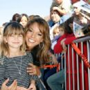 Eva LaRue - 61 Annual Mother Goose Parade, 18.11.2007.