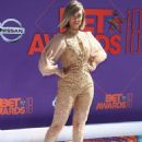 Tyra Banks – 2018 BET Awards in Los Angeles - 454 x 635