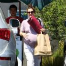 Drew Barrymore leaving her pre-natal yoga class in Los Angeles, CA (August 27)