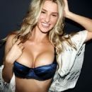 Danica Thrall - Nuts