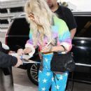 Kesha Sebert – Spotted at Lax Airport In Los Angeles - 454 x 684