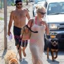 Rick Salomon and Pamela Anderson - 450 x 606