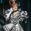 Karen Mason as the Queen of Hearts in the new musical 'Wonderland' - 374 x 600