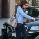 Anne Hathaway - Medical Building In Beverly Hills, California, 2010-03-03