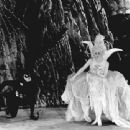 The White Moth - Barbara La Marr - 454 x 340