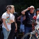 Sophie Turner and Joe Jonas – Out for some lunch in Barcelona - 454 x 370