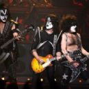 Gene Simmons of Kiss performs during the VH1 Rock Honors at the Mandalay Bay Events Center on May 25, 2006 in Las Vegas, Nevada - 454 x 310