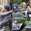 Hayden Panettiere and Kevin Connolly