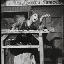 Sweeney Todd: The Demon Barber of Fleet Street - 422 x 550