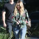 Khloe Kardashian is spotted leaving a studio in Los Angeles, California on March 28, 2017 - 396 x 600