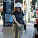 Julianne Moore – Out in New York City - 454 x 673