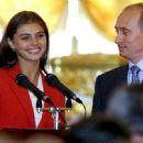 Alina Kabaeva and Vladimir Putin - 454 x 332