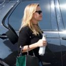 Reese Witherspoon – Arriving at her office in Los Angeles - 454 x 681