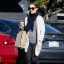Natalie Portman – Shopping in Los Angeles