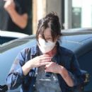 Shannen Doherty – Shopping candids with her husband at market in Malibu