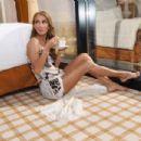 Céline Dion - YO DONA Magazine Pictorial [Spain] (27 April 2019) - 454 x 303