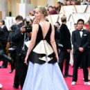 Saoirse Ronan At The 92nd Annual Academy Awards - Arrivals - 400 x 600