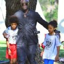 Seal is seen watching his kids Leni, Henry and Johan play soccer in Brentwood, California on January 31, 2015 - 414 x 600